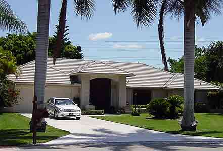 Swell 3 Bedroom Golf Holiday Villa Rental America Naples Florida Usa Download Free Architecture Designs Scobabritishbridgeorg