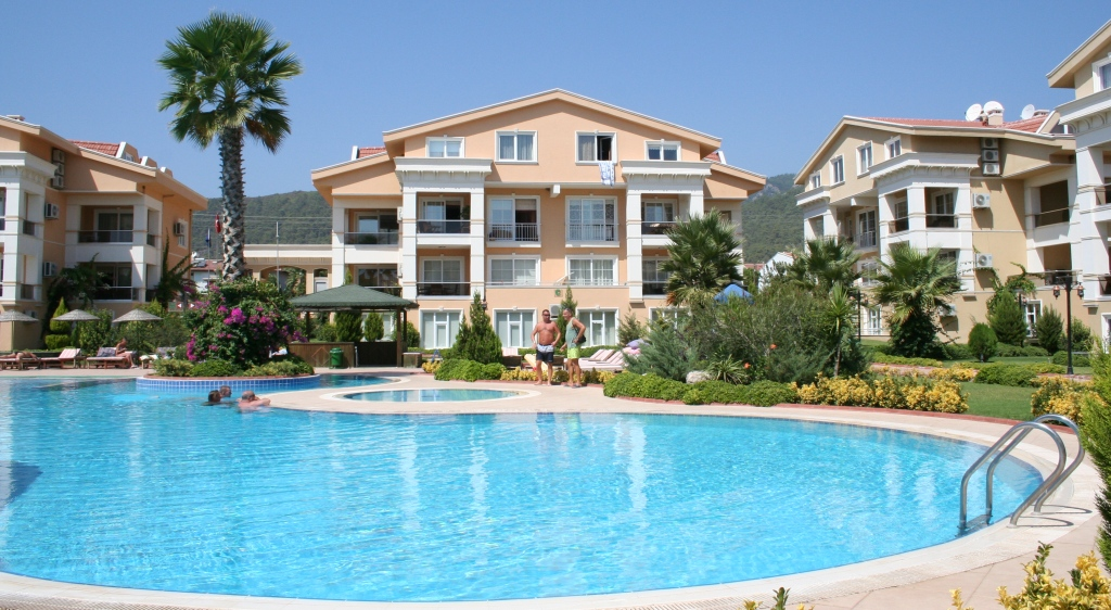 Private rental villa apartment with pool near beach in ...